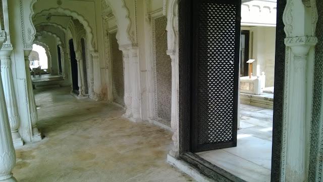 Paigah Toms doors