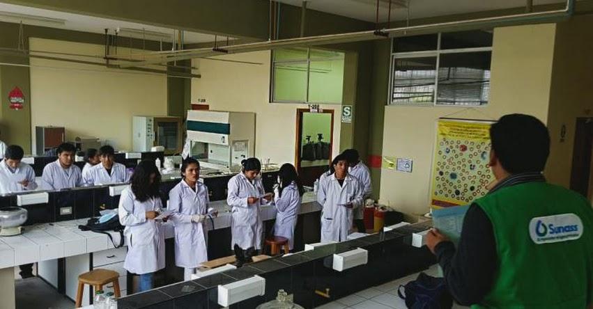 Universitarios de Ayacucho postularán a curso de especialización en saneamiento convocado por la SUNASS
