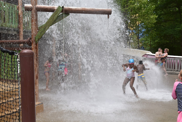 Wahoo Racer is Packing Speed at Six Flags White Water  via  www.productreviewmom.com