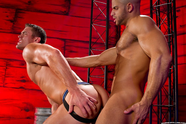 from Bentlee pain and pleasure gay blogspot
