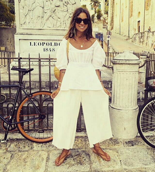 Looks de férias e fim de semana da Natasha Goldenberg