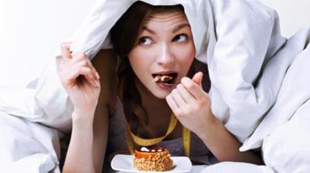 9 Jenis Makanan Ini Tidak Baik Dikonsumsi Sebelum Tidur