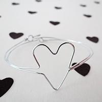 http://www.ohohdeco.com/2016/01/diy-wire-jewelry.html