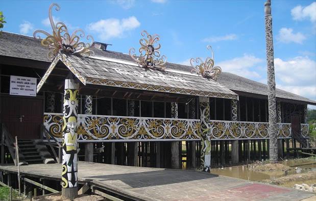 Rumah Adat Kalimantan Timur