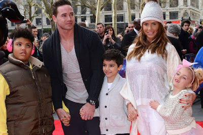 katie-price-finds-her-kids-dirty