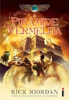 http://perdidoemlivros.blogspot.com.br/2014/06/resenha-piramide-vermelha.html