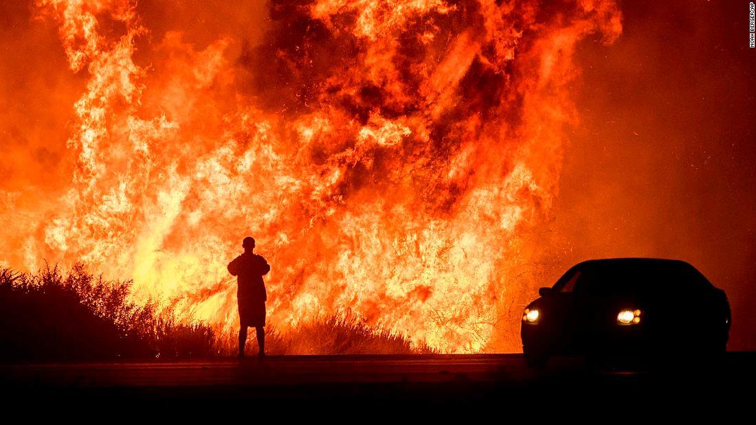 . 2010 - 2012 恩膏引擎全力開動!!: 時事追擊:加州史上最致命的營溪大火