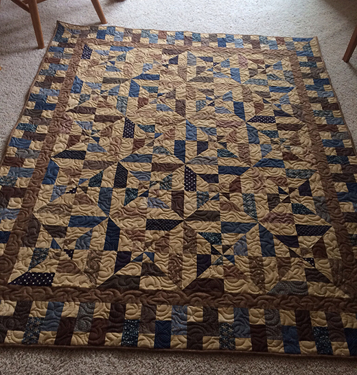 Jelly Roll Strip Patchwork Quilt Free Tutorial