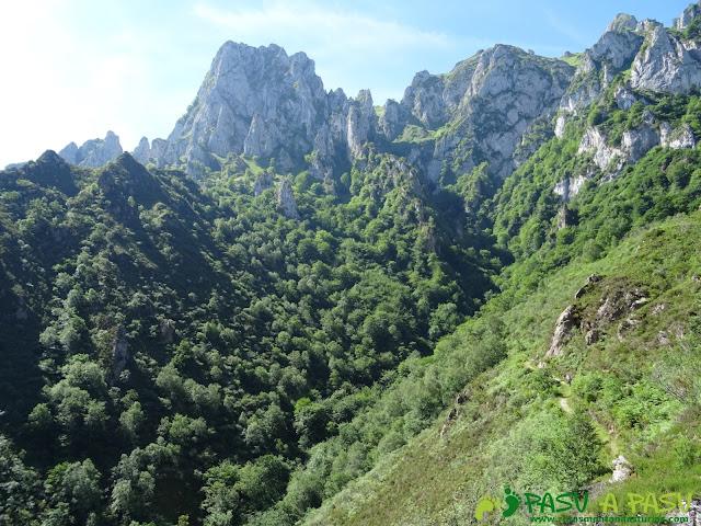 Pasada del Picayo: Camino al área recreativa