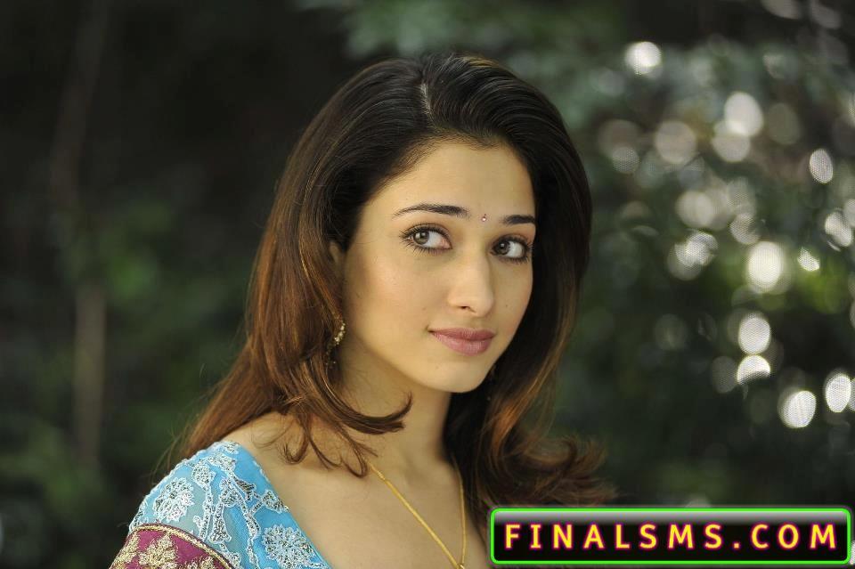 Tamanna Bhatia In Saree: Tamanna Bhatia WAllpaper In Saree And Dress « FaceBook