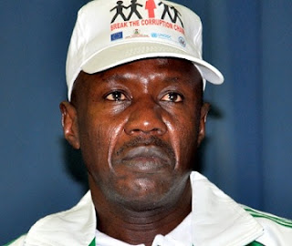 EFCC Official Caught In The Act, Collecting N15m Bribe From INDICTED Legislator