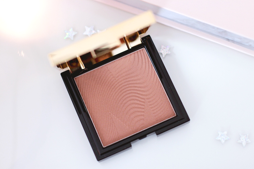 Mecca Max Sunlit Skin Bronzing Powder Review