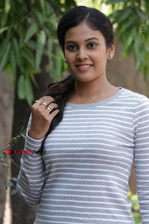 Tamil Actress Chandini Tamilarasan Latest Pos in Ripped Jeansat Ennodu Vilayadu Press Meet  0004.jpg