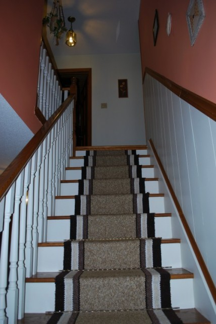 Stair Landing Decorating Ideas