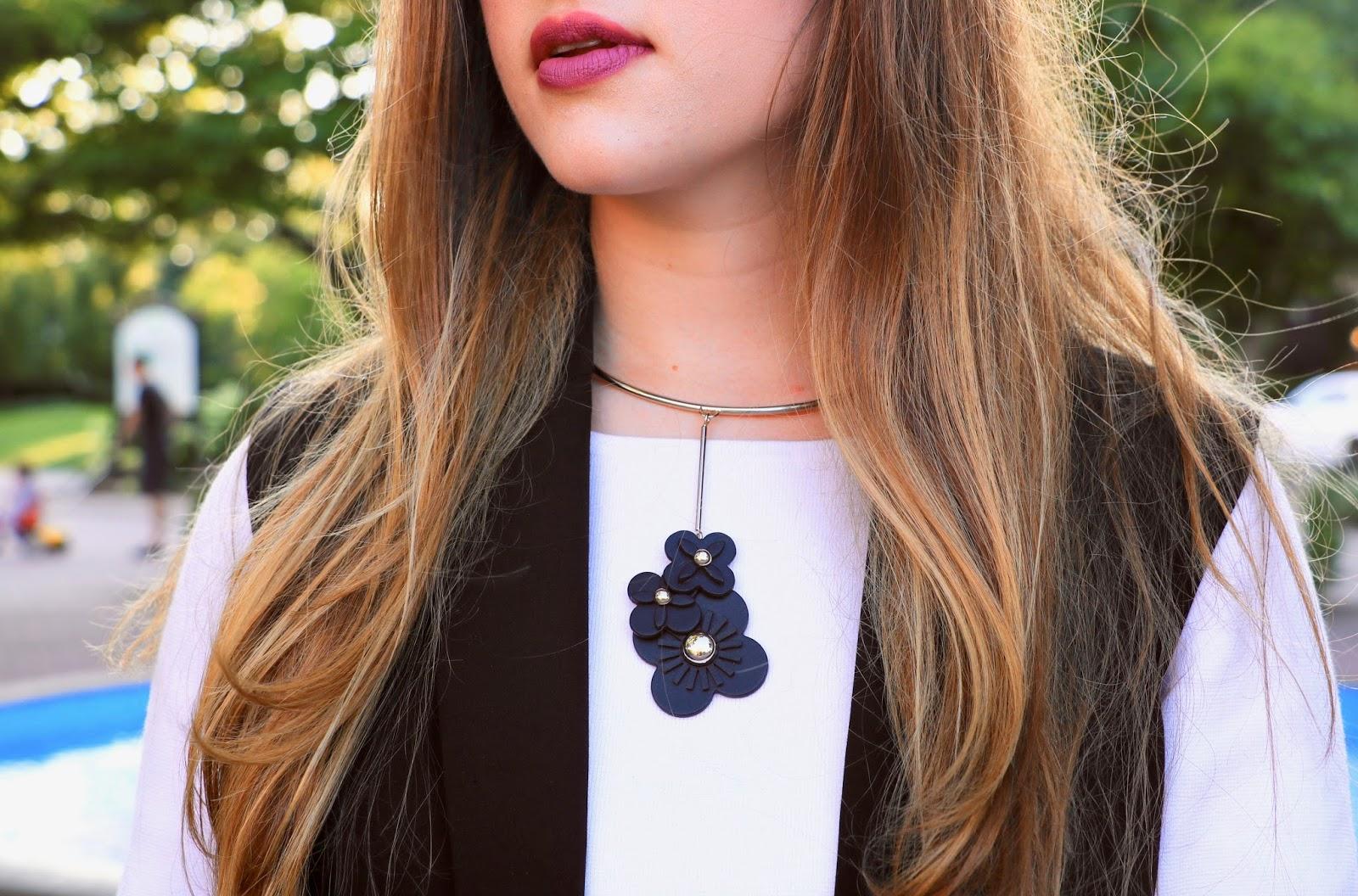 NYC fashion blogger Kathleen Harper of Kat's Fashion Fix wearing a silver flower choker