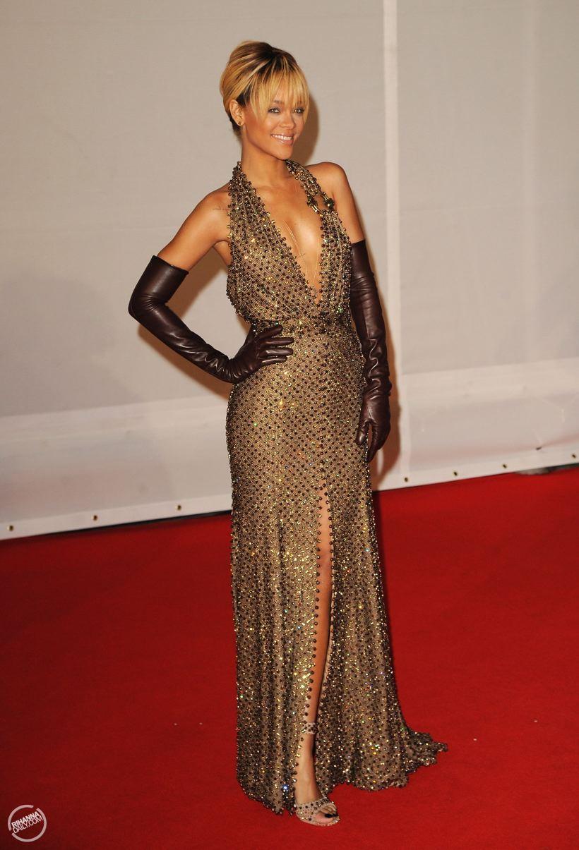 Dear Fashion Diaries Rihanna 2012 Brit Awards February 21