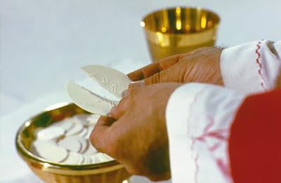 Rozważanie na Wielki Czwartek - Kapłaństwo, Eucharystia i przykazanie nowej miłości