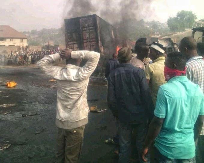 2 Killed, 7 Vehicles Burnt in Lokoja - Okene Accident