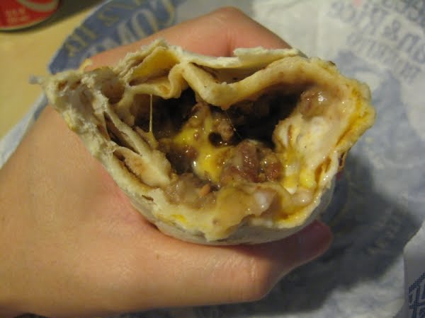 Review: Taco Bell - Beefy 5-Layer Burrito | Brand Eating