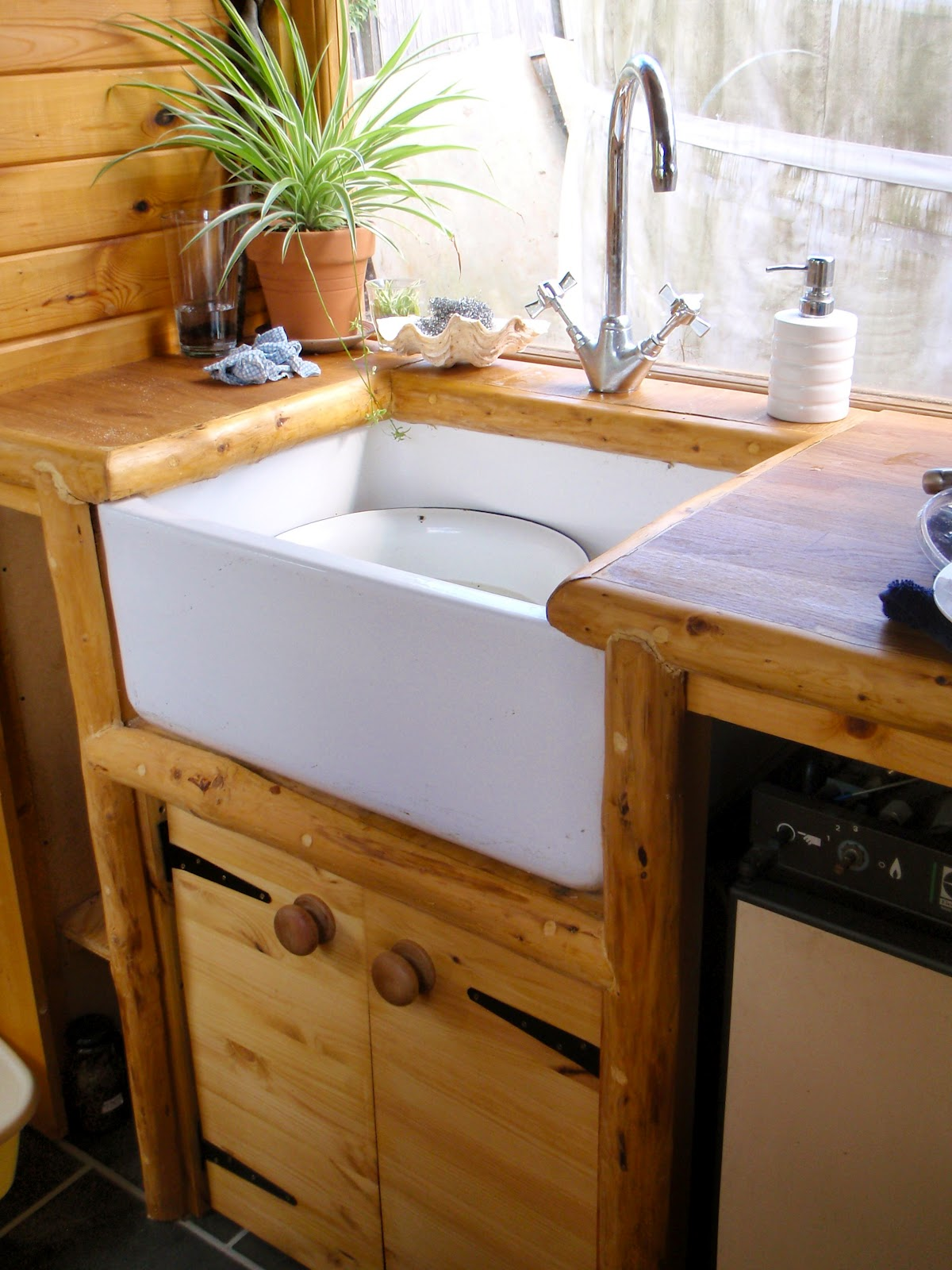 Bathroom And Kitchen Remodeling For A Bi Level Home: Handmade Matt: Kitchen And Bathroom Wagon