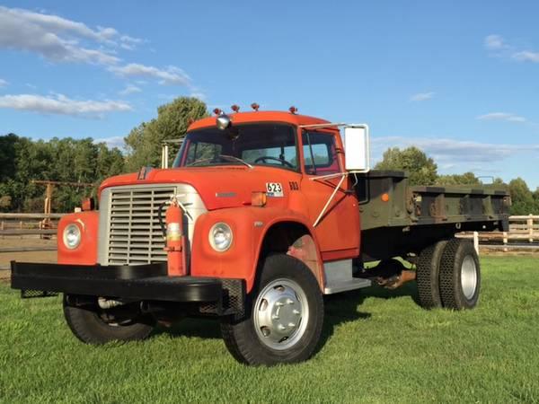 International Loadstar X Flatbed Truck
