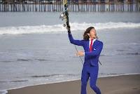 kalani robb traje surf ejecutivo 1