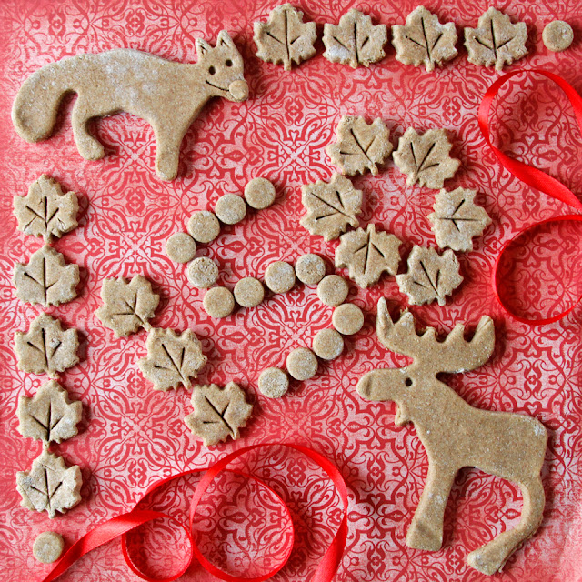 DIY Canada Day Dog Treat Recipe - Maple Cinnamon Apple Canada Day Dog Treats