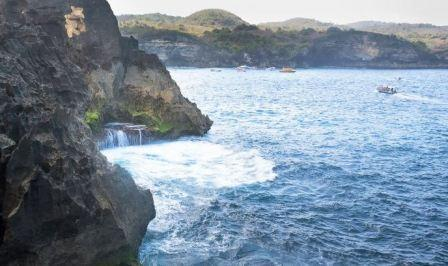 Things to do in Nusa Penida places to visit in Nusa Penida, on the beach