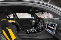 Mercedes-AMG GT R Formula 1 Safety Car (2018) Interior