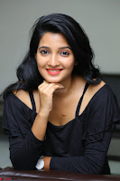 Deepthi Shetty looks super cute in off shoulder top and jeans ~  Exclusive 19.JPG