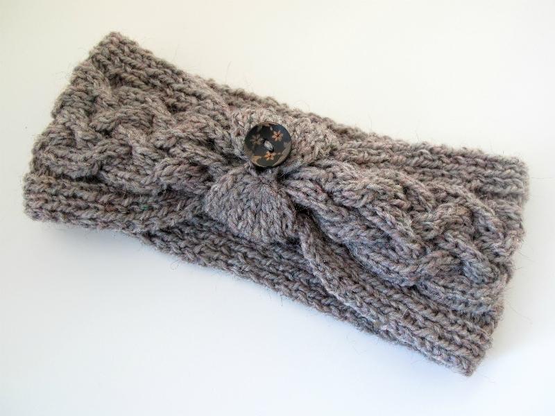 Ololi Makes Cable Knit Headband