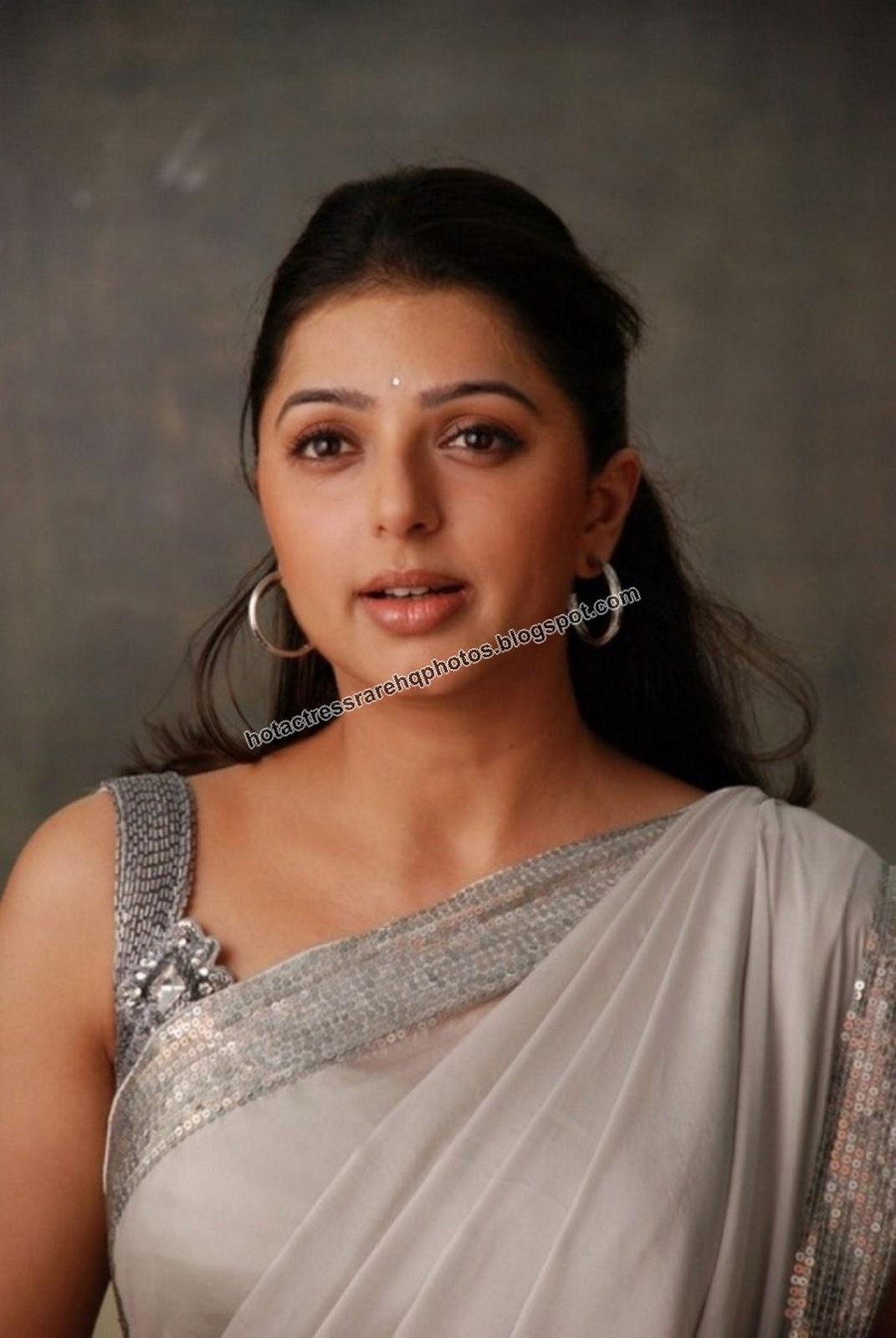 Hot Indian Actress Rare HQ Photos: Telugu Actress Bhumika ...