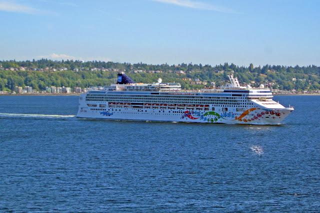 Norwegian Cruise Lines' Norwegian Pearl