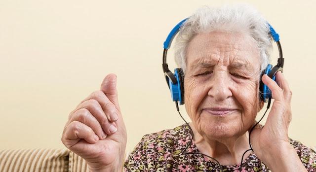 Nghiên cứu cho thấy âm nhạc có tác dụng điều trị chứng suy giảm trí nhớ