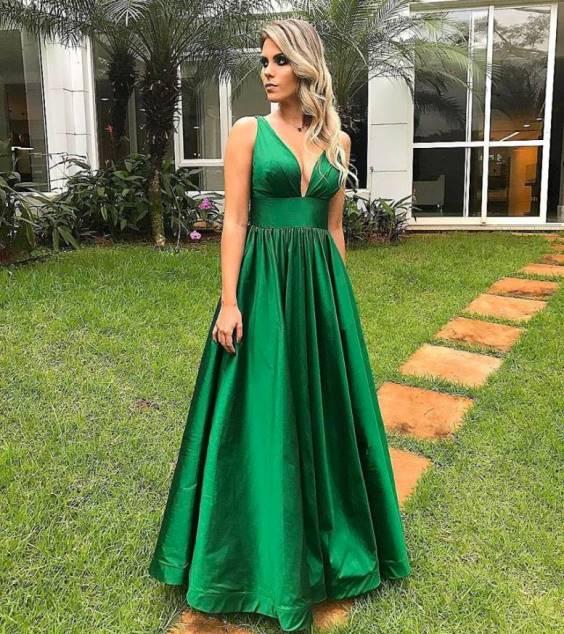 vestido de festa verde modelo gode