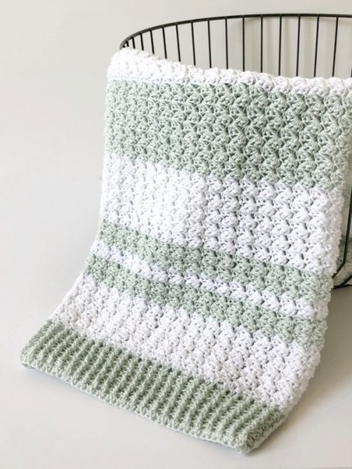 Crochet Sedge Stitch Baby Blanket - Free Pattern