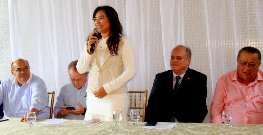 Seduc abre comissão para investigar dano ao erário causado pela prefeita de Faro