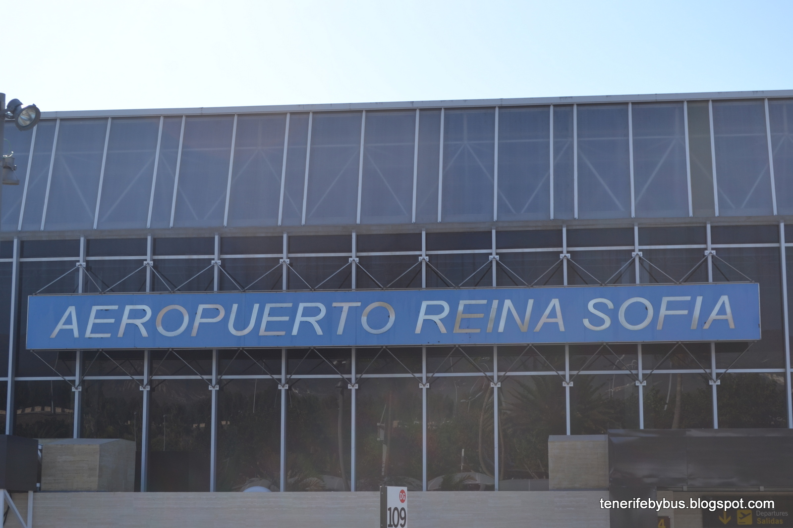 Aeroporto Tenerife Sud : Aeropuerto de tenerife sur or tenerife reina sofia