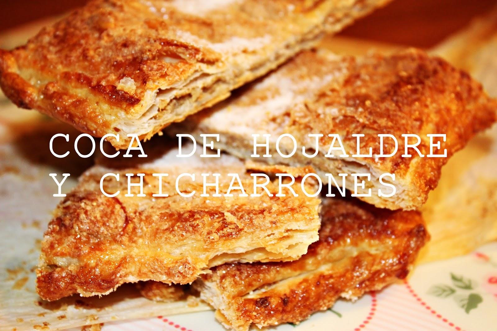 COCA DE HOJALDRE Y CHICHARRONES {LLARDONS}