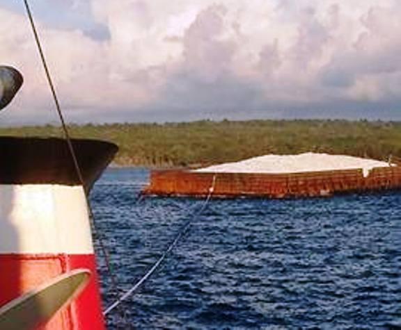 Tongkang Karunia 2501 Akhirnya Berhasil Ditarik, Dari Tempatnya Terdampar