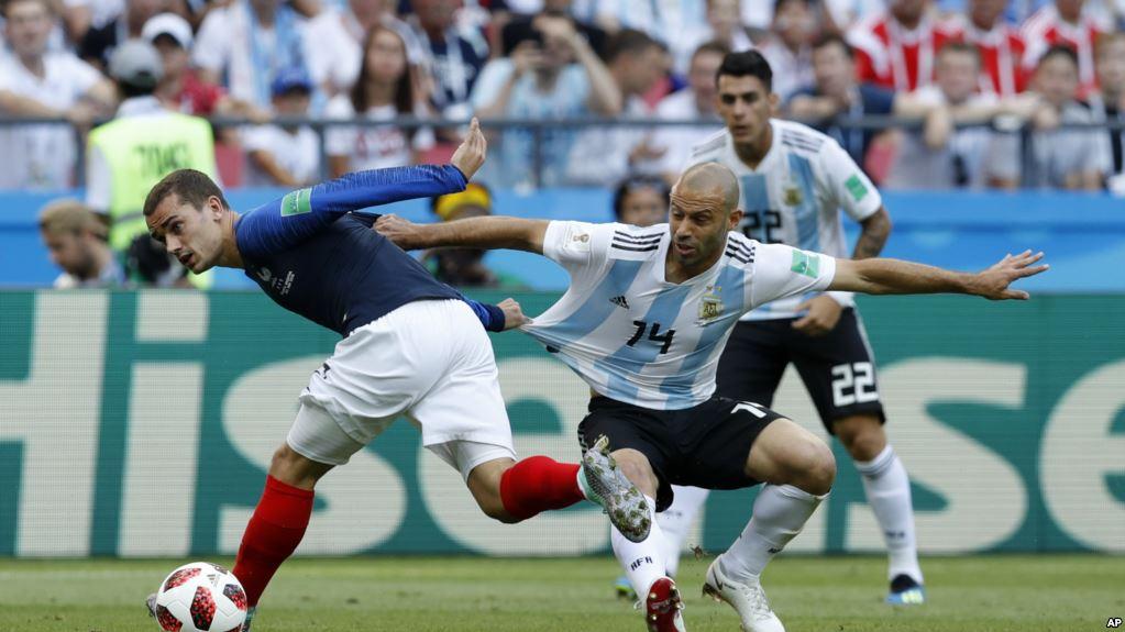 Francia venció por primera vez a Argentina en un Mundial / AP