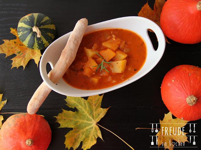 Erdäpfel (Kartoffel) Kürbis Gulasch - vegan - Freude am Kochen