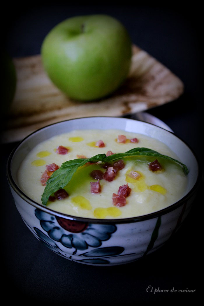 El placer de cocinar vichyssoise de manzana y puerro for Cocinar con 5 ingredientes