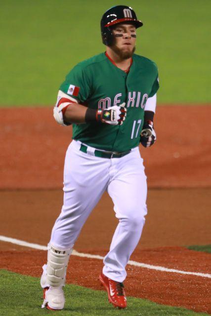 1e96ede8715 Diminutive Esteban Quiroz swatted a three-run homer to key a five-run  second inning