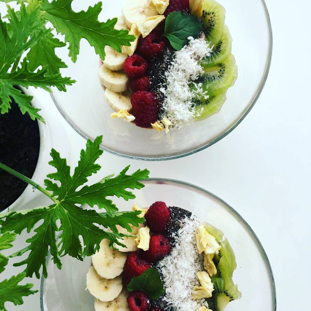Smoothie Bowl z malinami