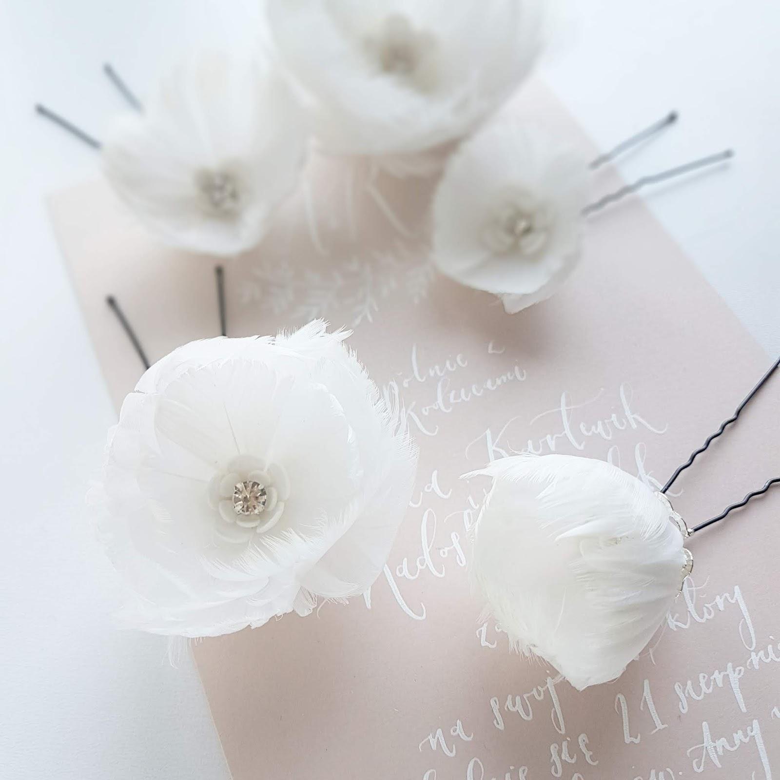 Kwiaty z piór do ślubu.