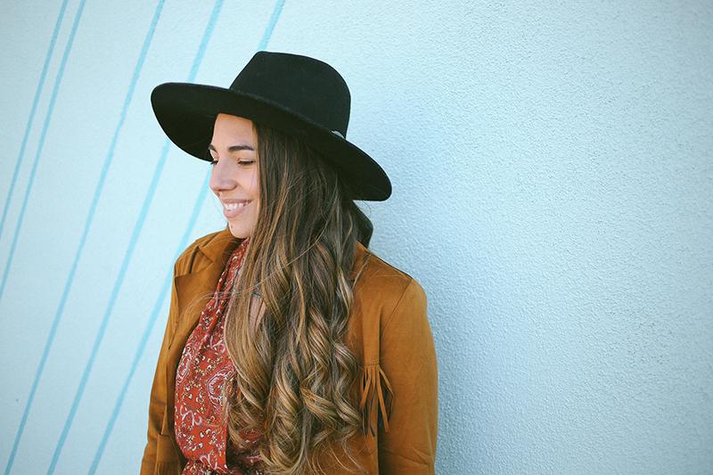 style blogger, brunette balayage