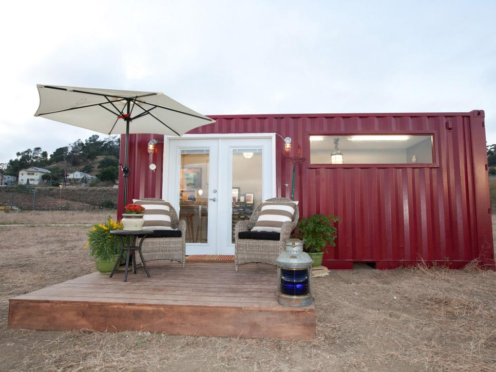 Tiny House Town Leslie S Shipping Container Home