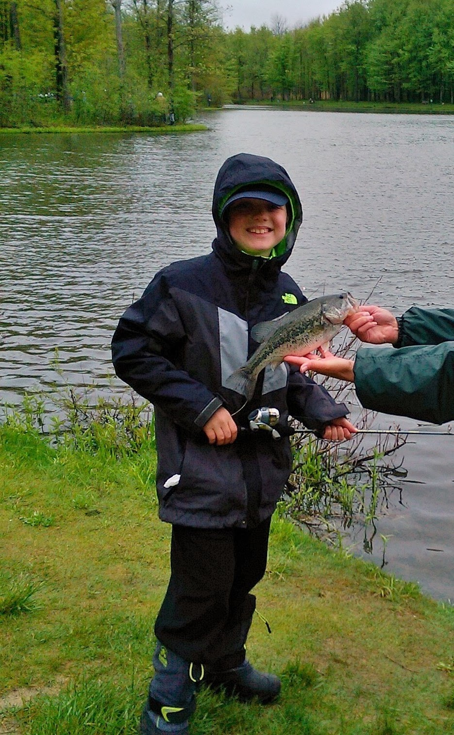 Lake metroparks fishing report another successful kids for Odnr fishing report