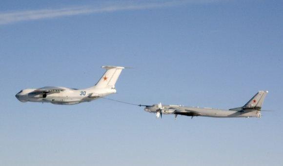 Il-78 dan Tu-95 Bear